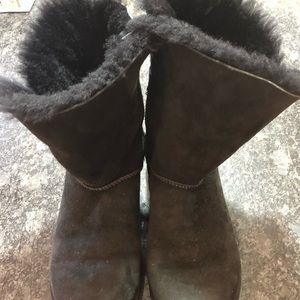 Black uggs GUC size 8